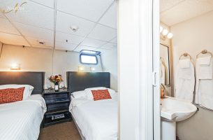 Belle-Amie-Stateroom-001r