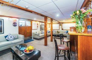 Explorer-lounge-002R