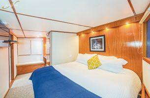 Under-Sea-premium-suite-001R